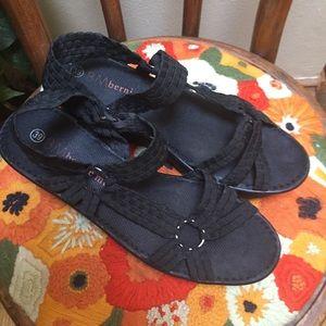 Bernie Mev Crystal Sandals sz 39 wedge Shoes Black